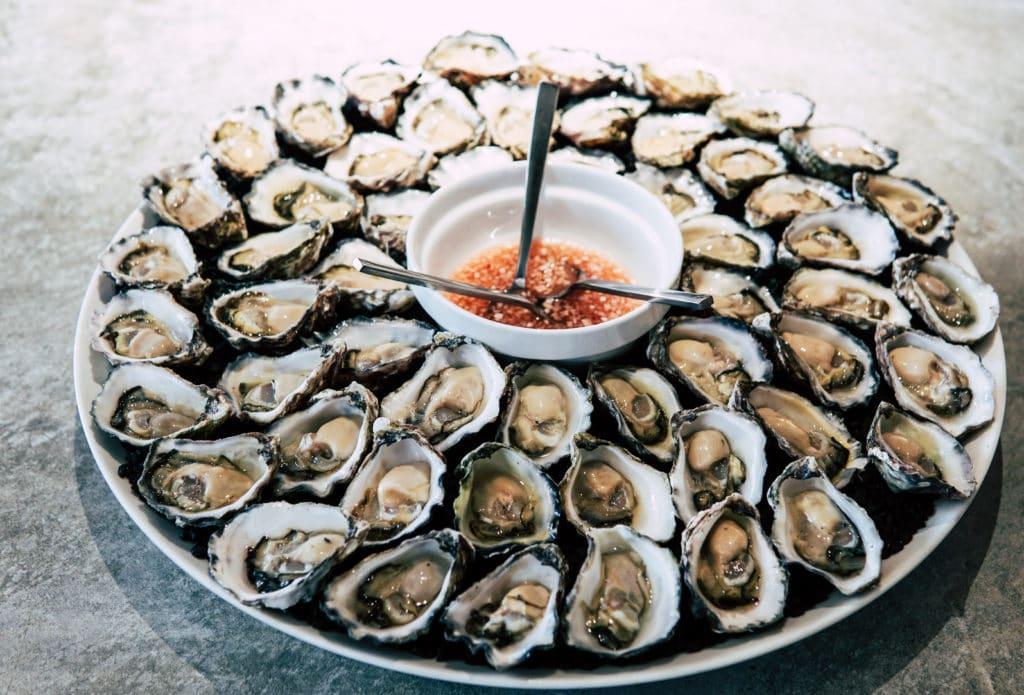 大量の牡蠣